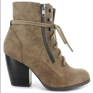 Dolce by Mojo Moxy Women's Heeled Boots